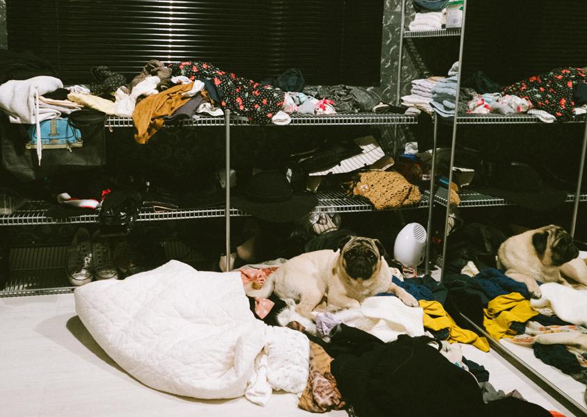 Antes de organizar o closet =(