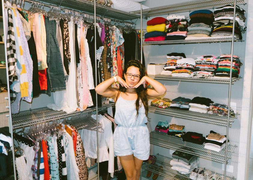 E essa sou eu feliz da vida com meu closet novo!