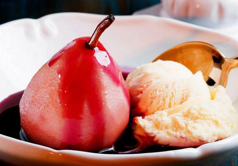 receita-pera-cremosa-assada-com-sorvete